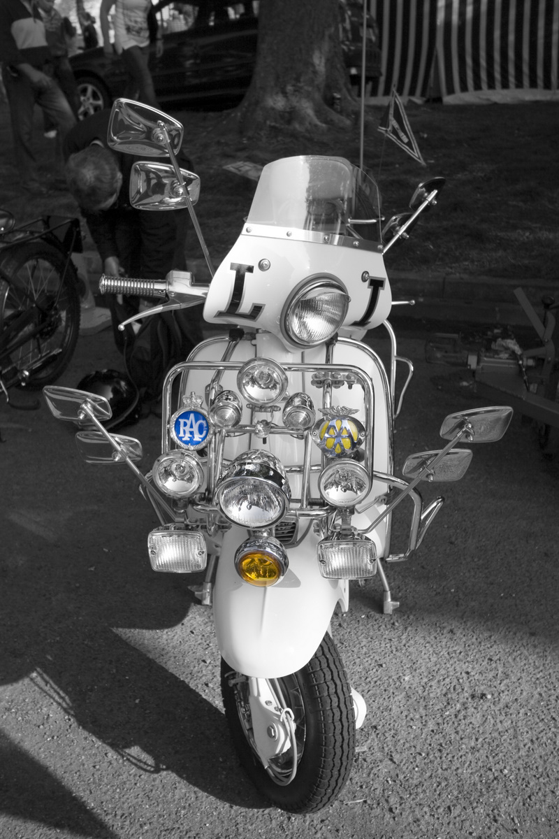 Neil Bedford - 60's Mod Scooter