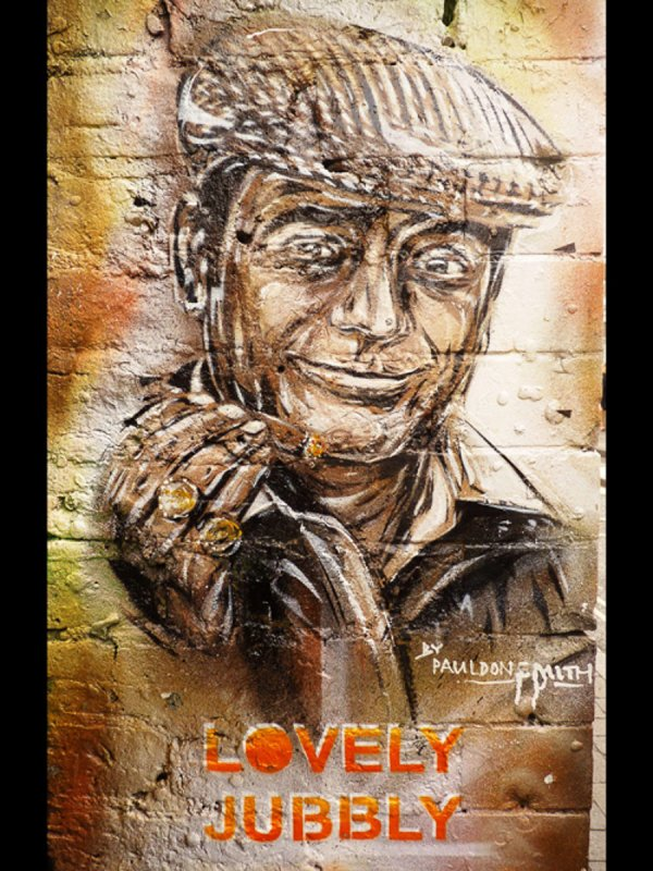 brick-lane-graffiti-london-june-2013-z